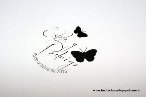 sello-caucho-redondo-personalizado-boda-inspirado-naturaleza-campestre-sencillo-clasico-bonito-original-nombre-novio-mariposa-negro-fecha-enlace-classic-butterfly-invitaciones-de-papel