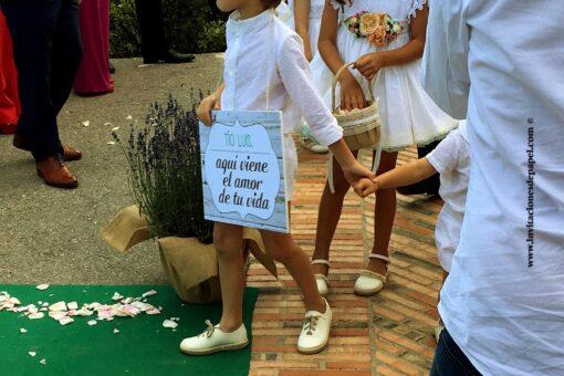 Cartel aqui viene la novia para pajes de la boda