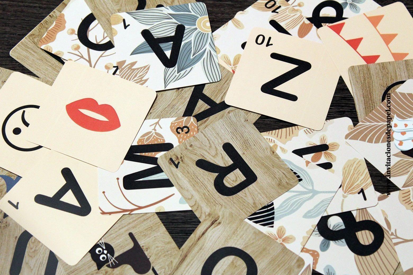 Letras de scrabble para formar frases y nombres for Letras scrabble decoracion