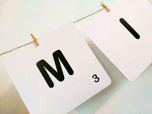 Letras de Scrabble en Blanco para Carteles y Rincones decorativos de tu evento